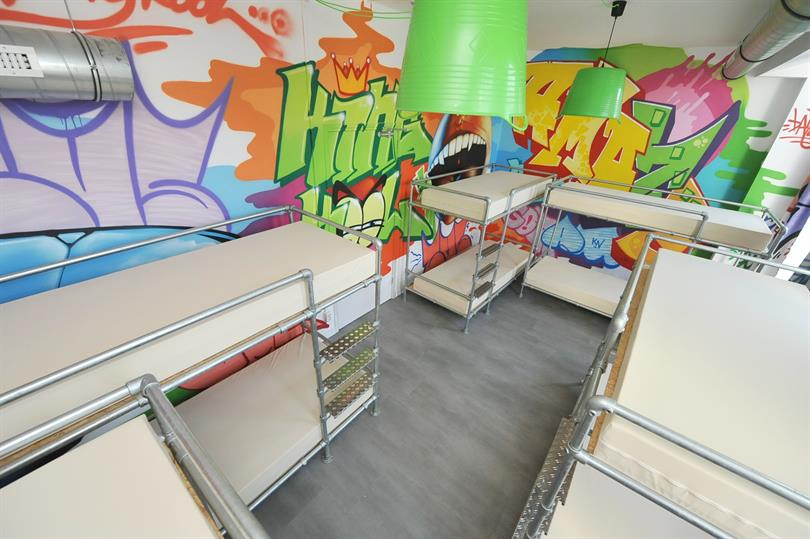 graffiti room pic2